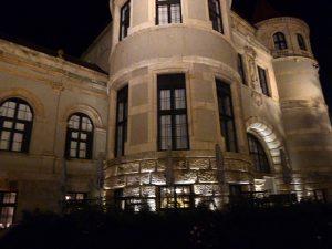Vor dem Restaurant Nationalmuseum
