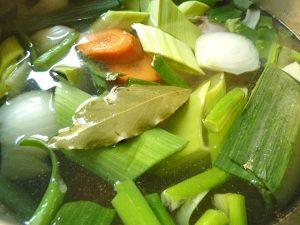 mit Suppengemüse kochen