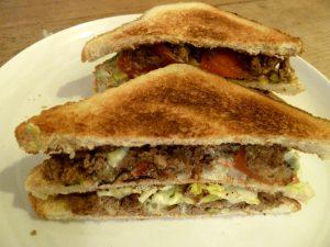 Clubsandwich mit Lammhack