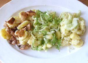 Verschiedene Kartoffelsalate