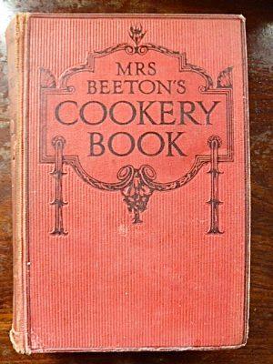 Englische Kochbücher werden zu Rate gezogen